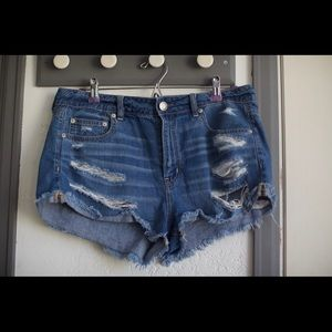AEO tomgirl shortie ripped shorts